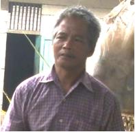 Meta, 49 tahun, petani Desa Usul