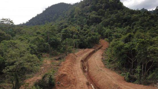 Barrier parit sepanjang 1400 meter dibangun oleh CRU Aceh di 4 lokasi yaitu di Dusun Keunareh dan  Gunung Sawa I yang terletak di  Kecamatan Setia Bakti, Gunung Sawa-Geuni di  Kecamatan Krueng Sabee serta desa Krueng Ayon di Kecamatan Sampoiniet, Kabupaten Aceh Jaya.